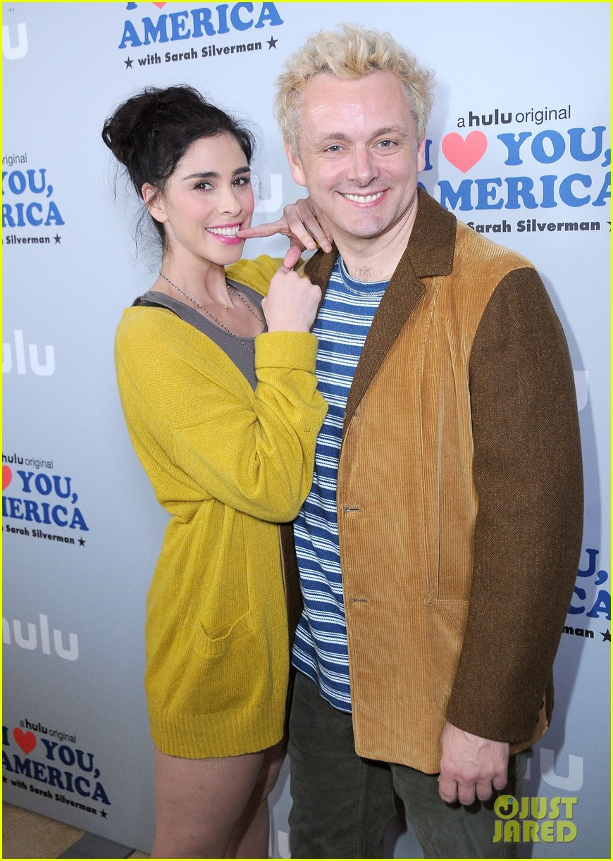 sarah silverman gets support from boyfriend michael sheen at i love you america 153971516