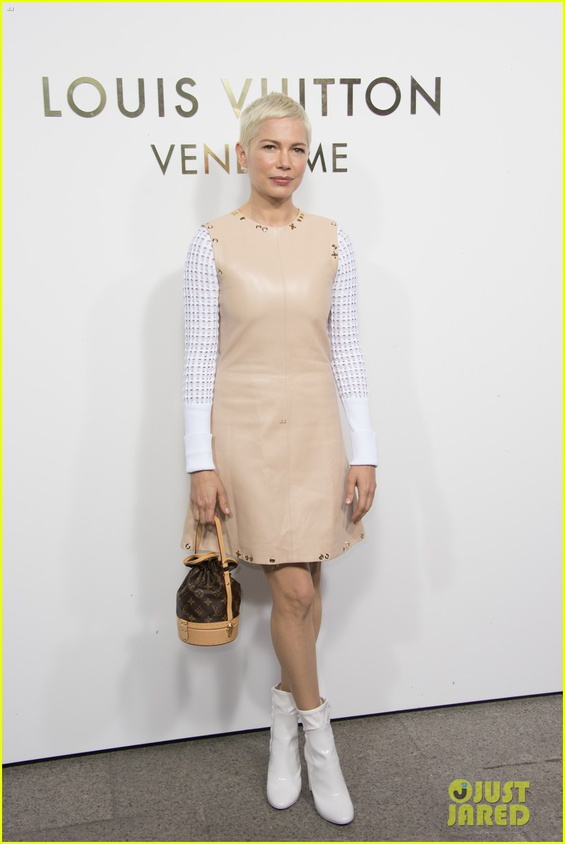 michelle williams bestie busy philipps hit up louis vuitton vendome flagship opening 053967323