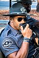 russell wilson tries to go undercover 02