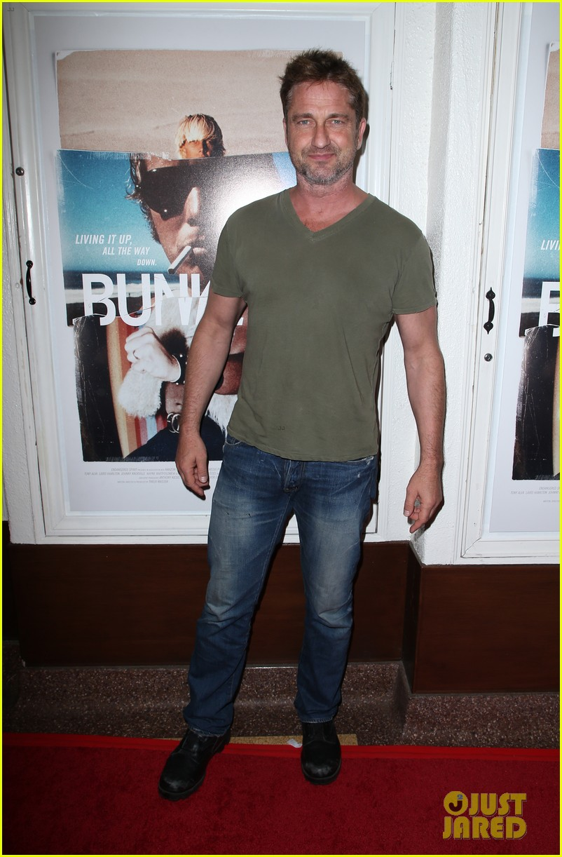 gerard butler joel kinnaman step out to support bunker77 doc premiere 133981175