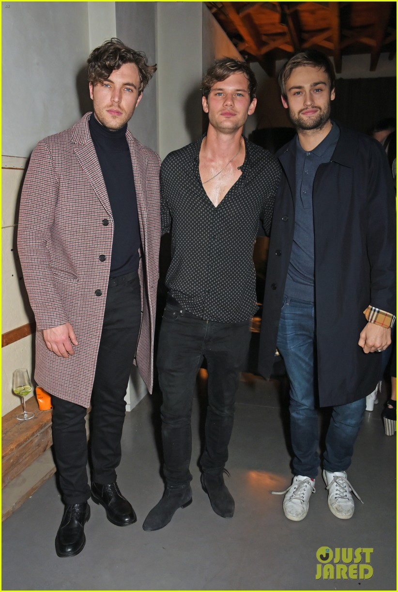 jeremy invine douglas booth mr porter party 03