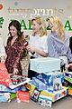 julie bowen christmas wrapping 12