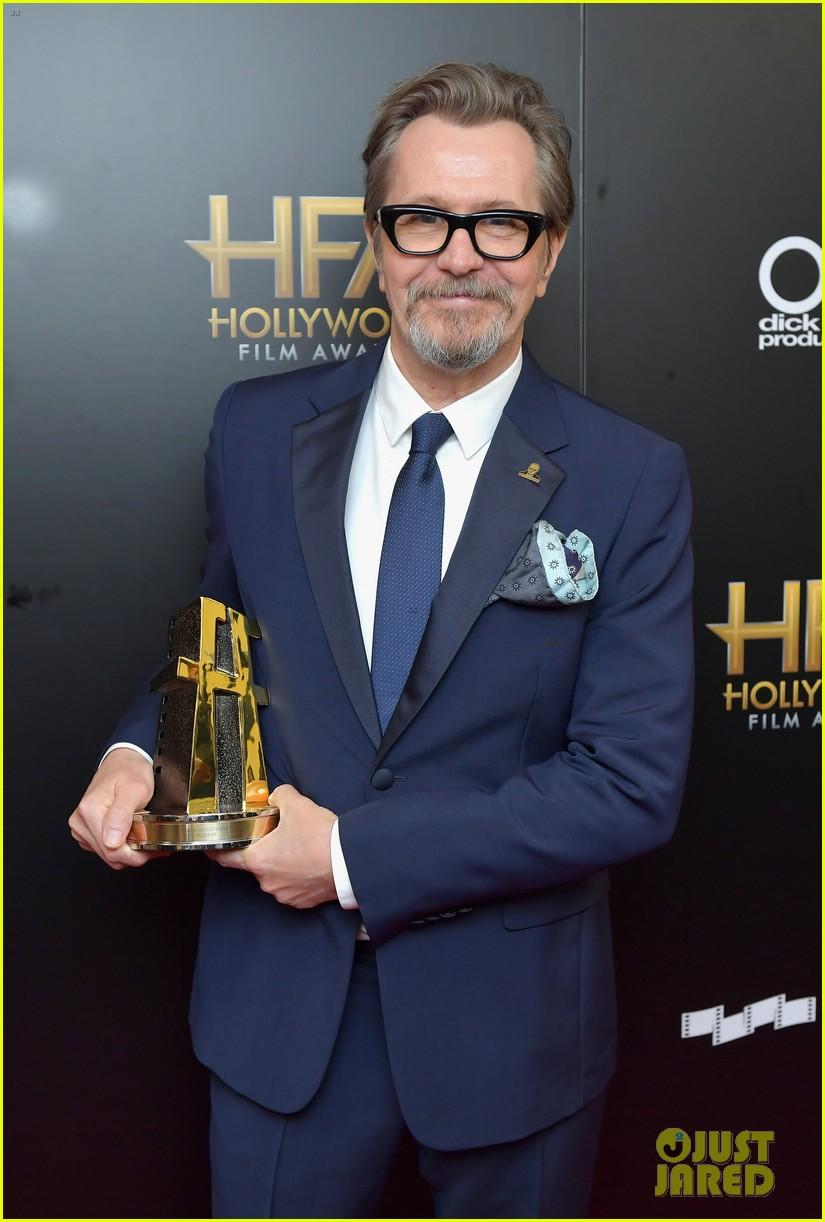 gary oldman hollywood film awards 2017 09