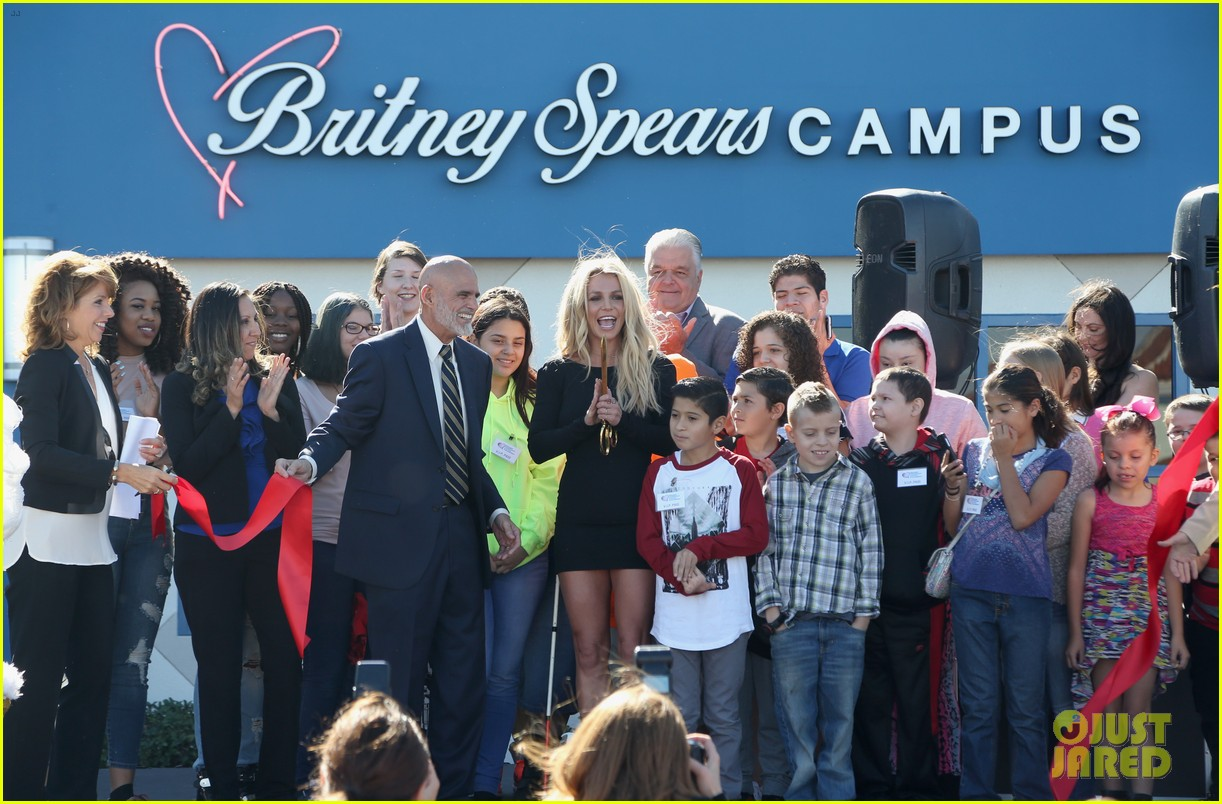 britney spears opens childrens cancer foundation campus in vegas 123982353