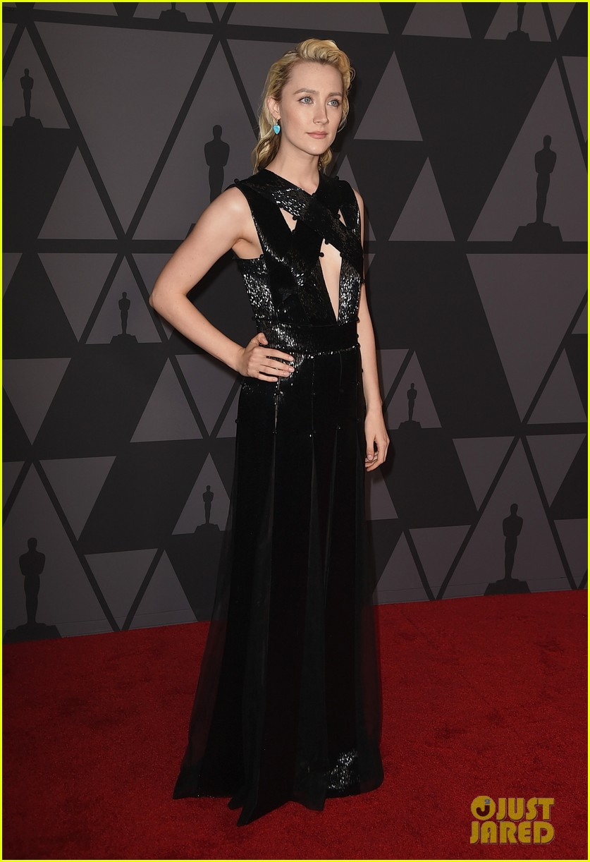 emma stone and jennifer lawrence look so chic at governors awards 2017 143985931