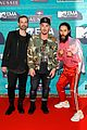 thirty seconds to mars are jokesters on red carpet at mtv emas 02