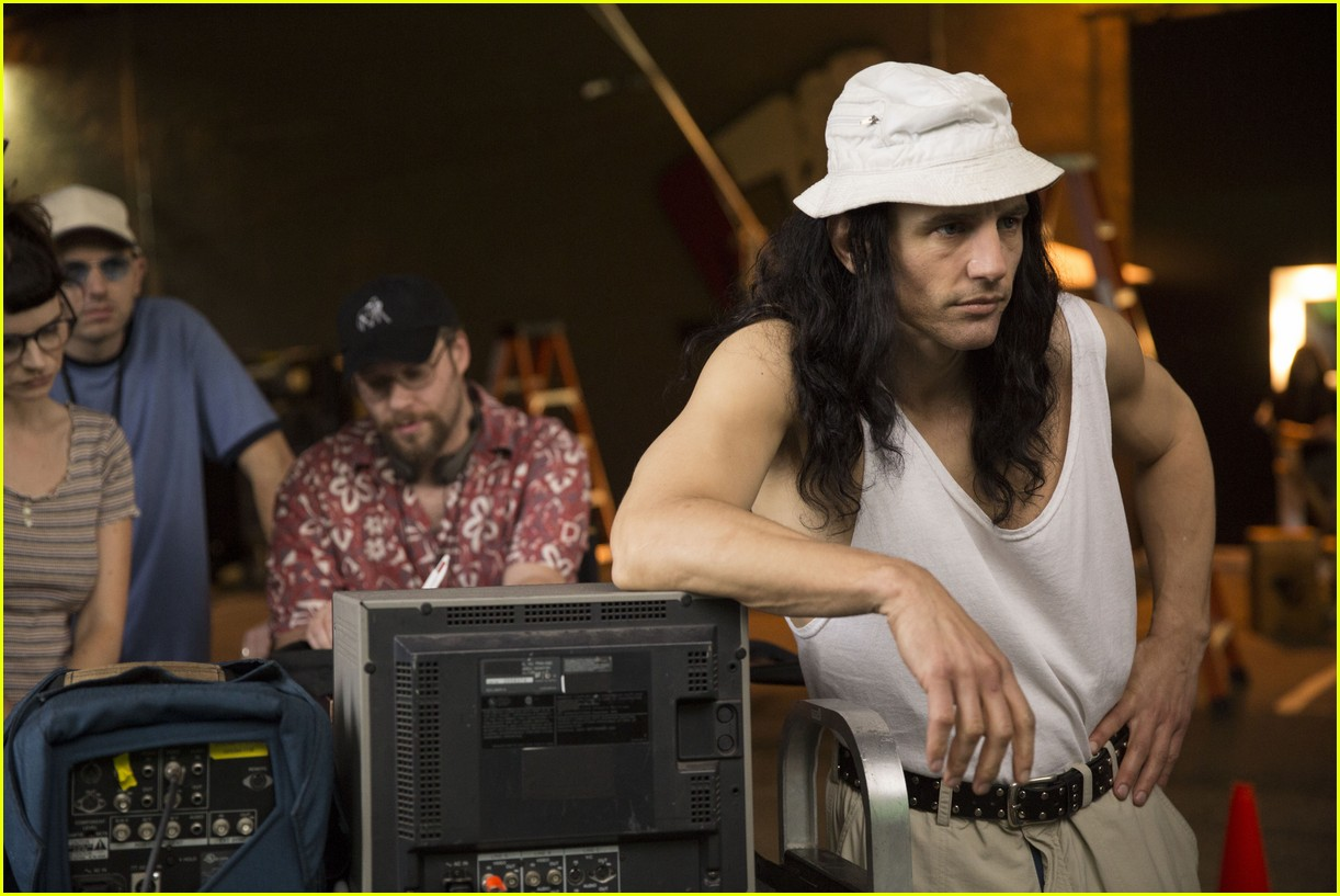 disaster artist end credits 023998332