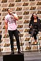 gal gadot henry cavill justice league cast close out ace comic con 02