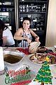 pregnant eva longoria cooks for olivia munn on christmas 10