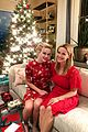 reese witherspoon her family get festive on christmas eve 03