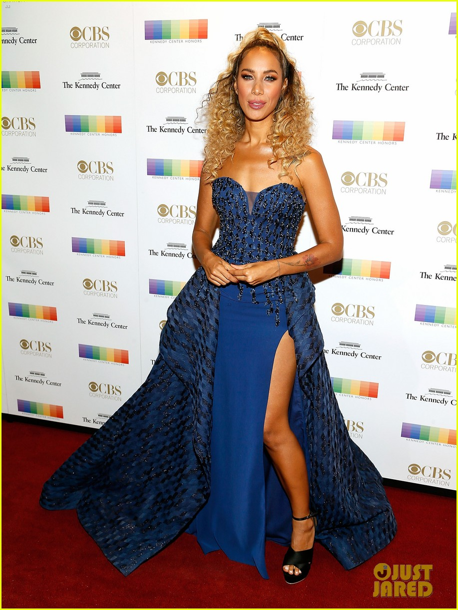 nicole richie eva longoria more help pay tribute to honorees at kennedy center 023996825
