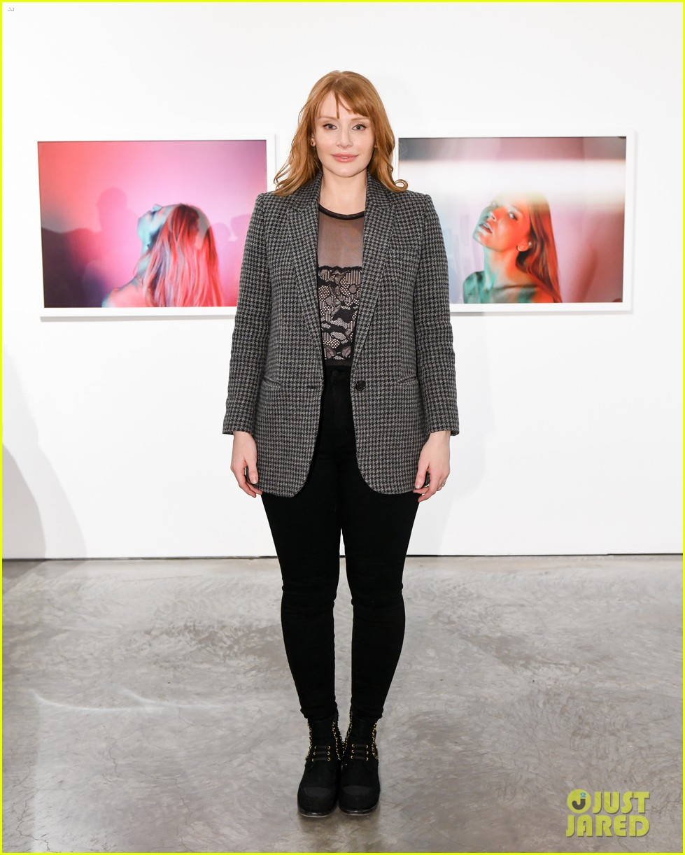 kristen stewart bryce dallas howard remember anton yelchin at provocative beauty 044001320