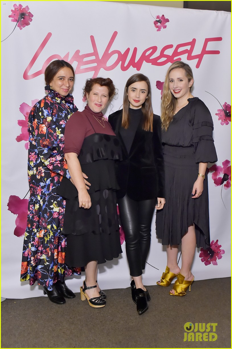 reese witherspoon ava phillippe buddy up with lily collins at molly r stern 043997133