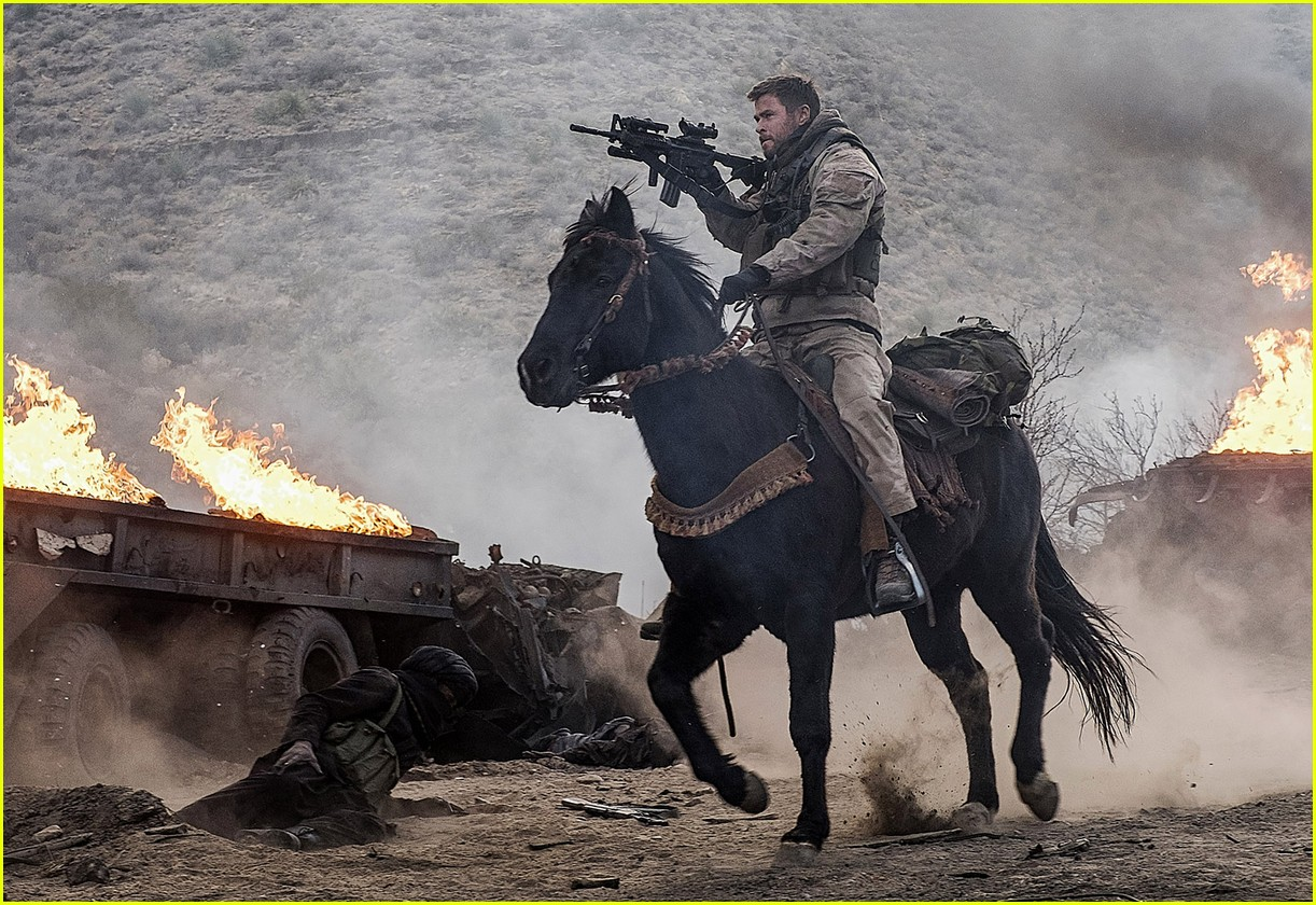 12 strong end credits 05