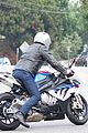 ben affleck rides his motorcycle with no hands 03