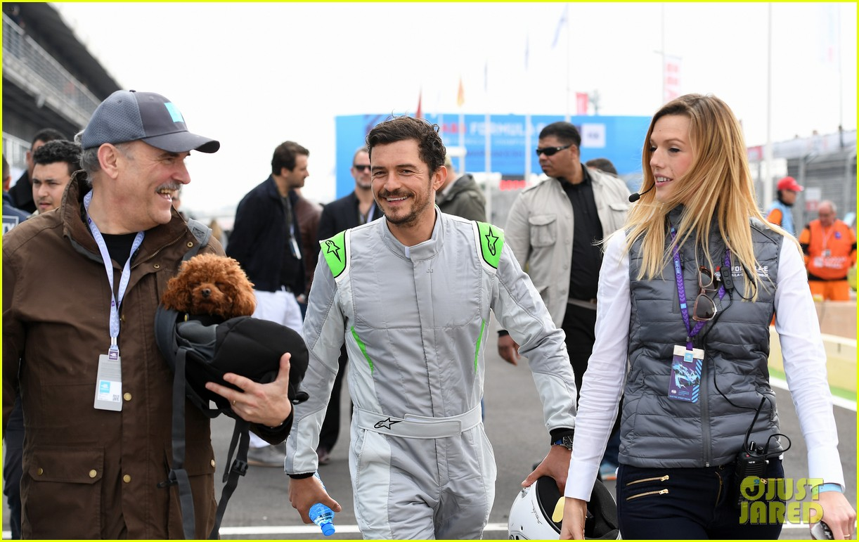 orlando bloom celebrates 41st birthday with racing in morocco 034014202