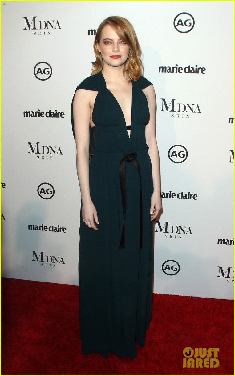 emma stone goes glam in green for marie claire image makers awards 054013476