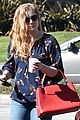 amy adams and husband darren le gallo go shopping in weho 05