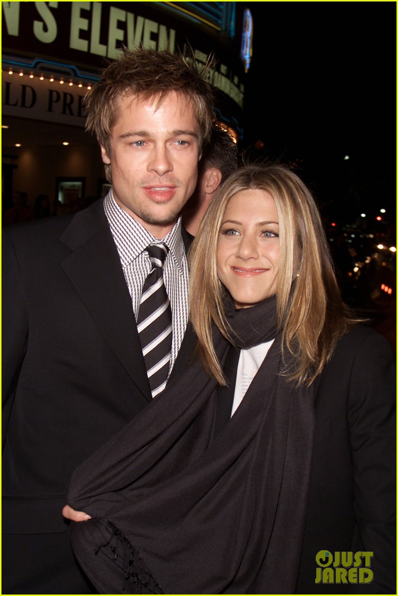 jennifer aniston brad pitt are both single 04
