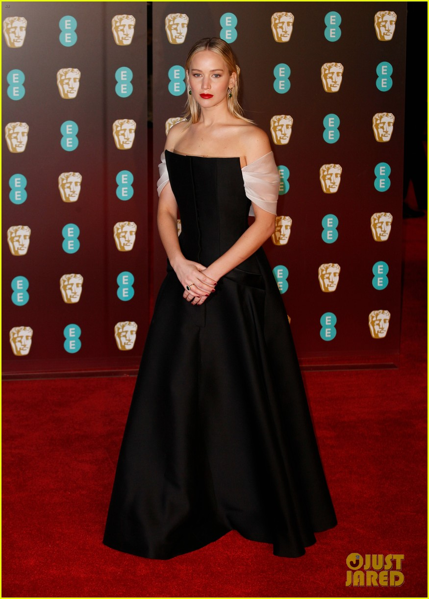 celebrities wearing black baftas 01