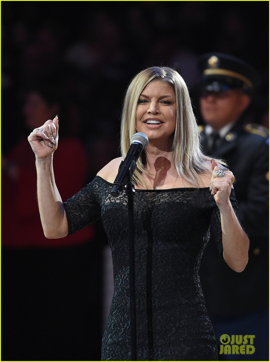 Full Sized Photo Of Fergie Nba All Star Game 1 Photo