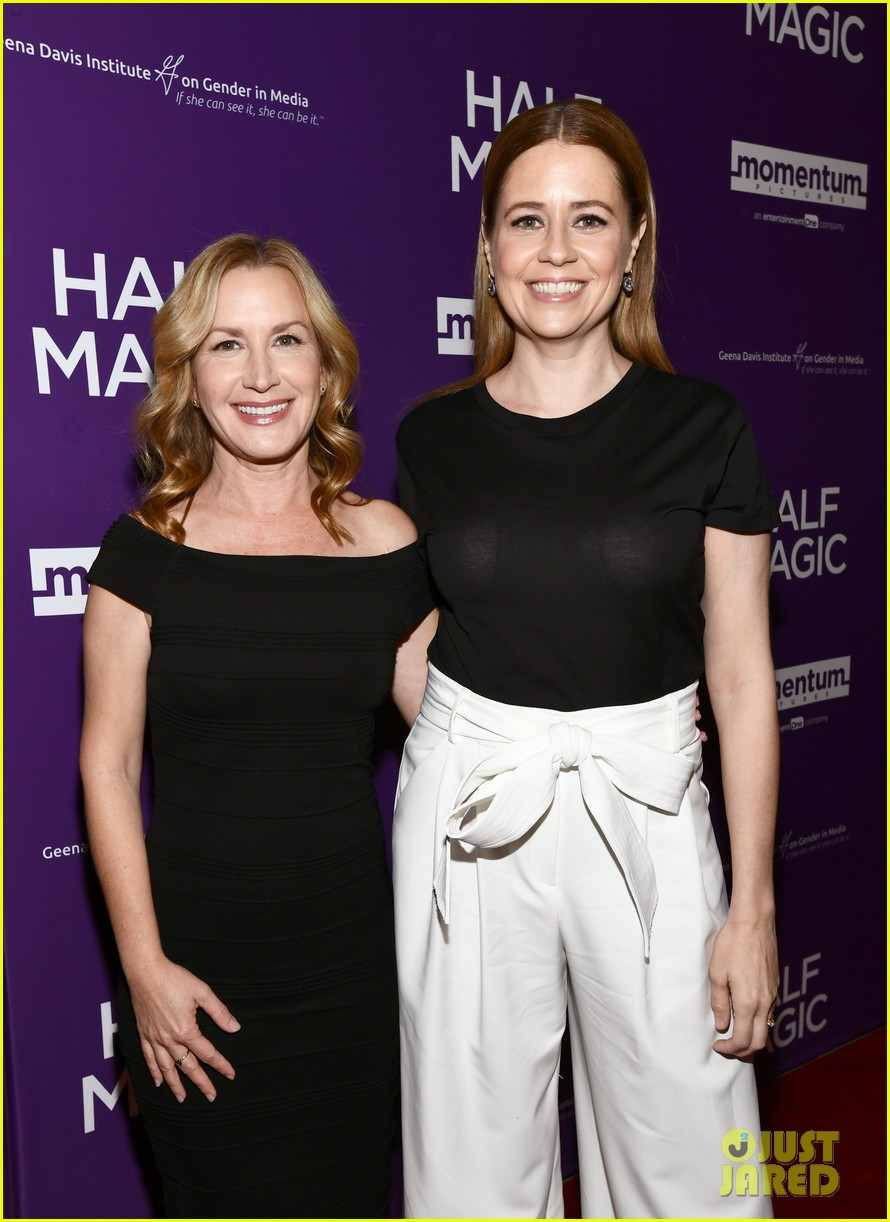 jenna fischer supports former co star anela kinsey at half magic premiere 02
