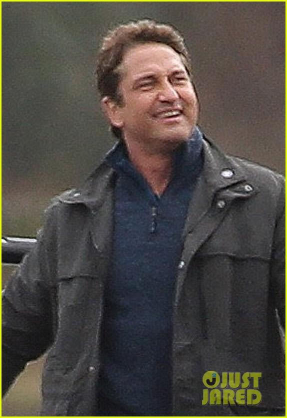 gerard butler jokes around on set of angel has fallen 01