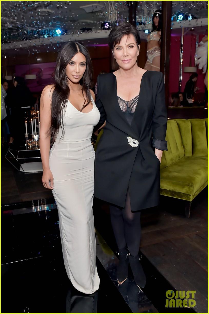 kim kardashian sofia vergara rita ora celebrate at lorraine schwartzs the eye bangles 14