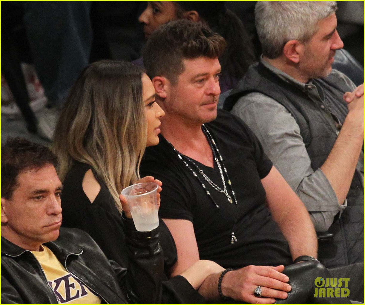 robin thicke relationship with parents