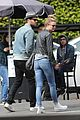 emily vancamp josh bowman couple up for lunch in los feliz 05