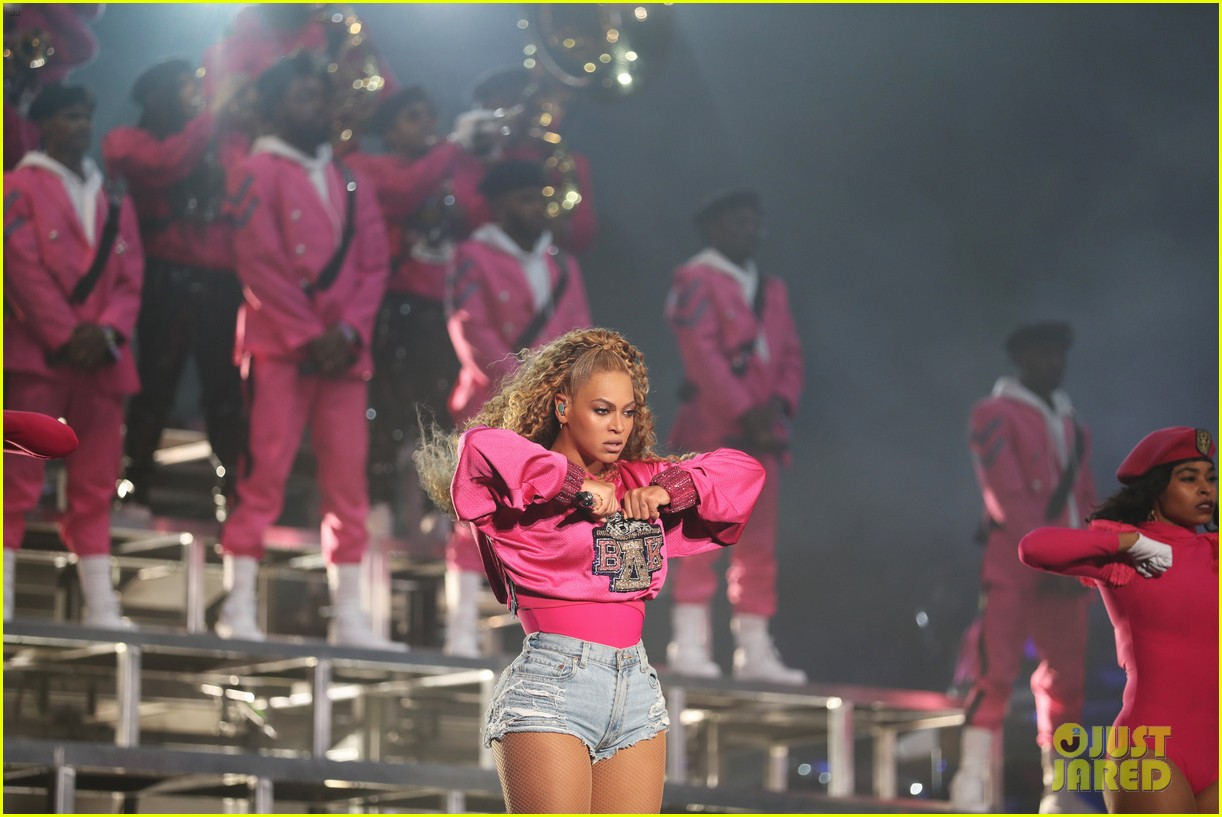 beyonce slays the stage during coachella weekend 2 performance 024068783