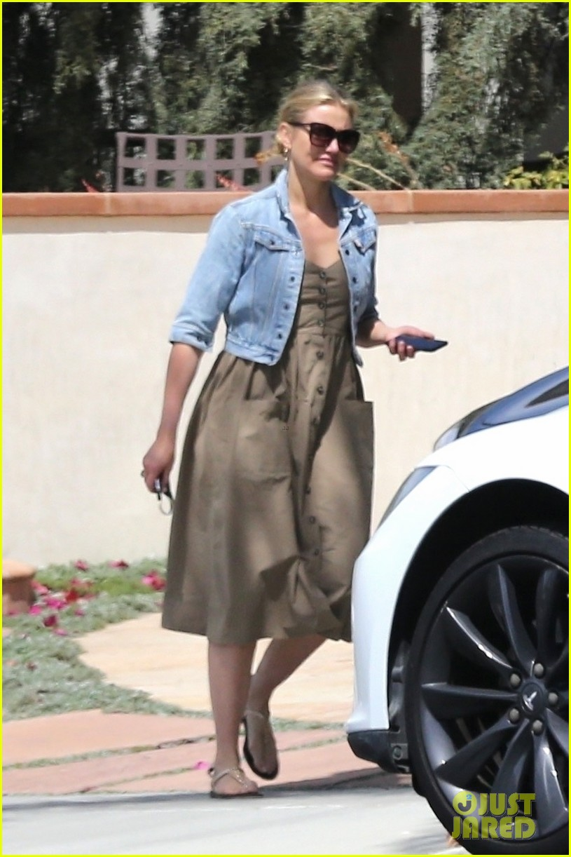 cameron diaz benji madden mom april  2018 02
