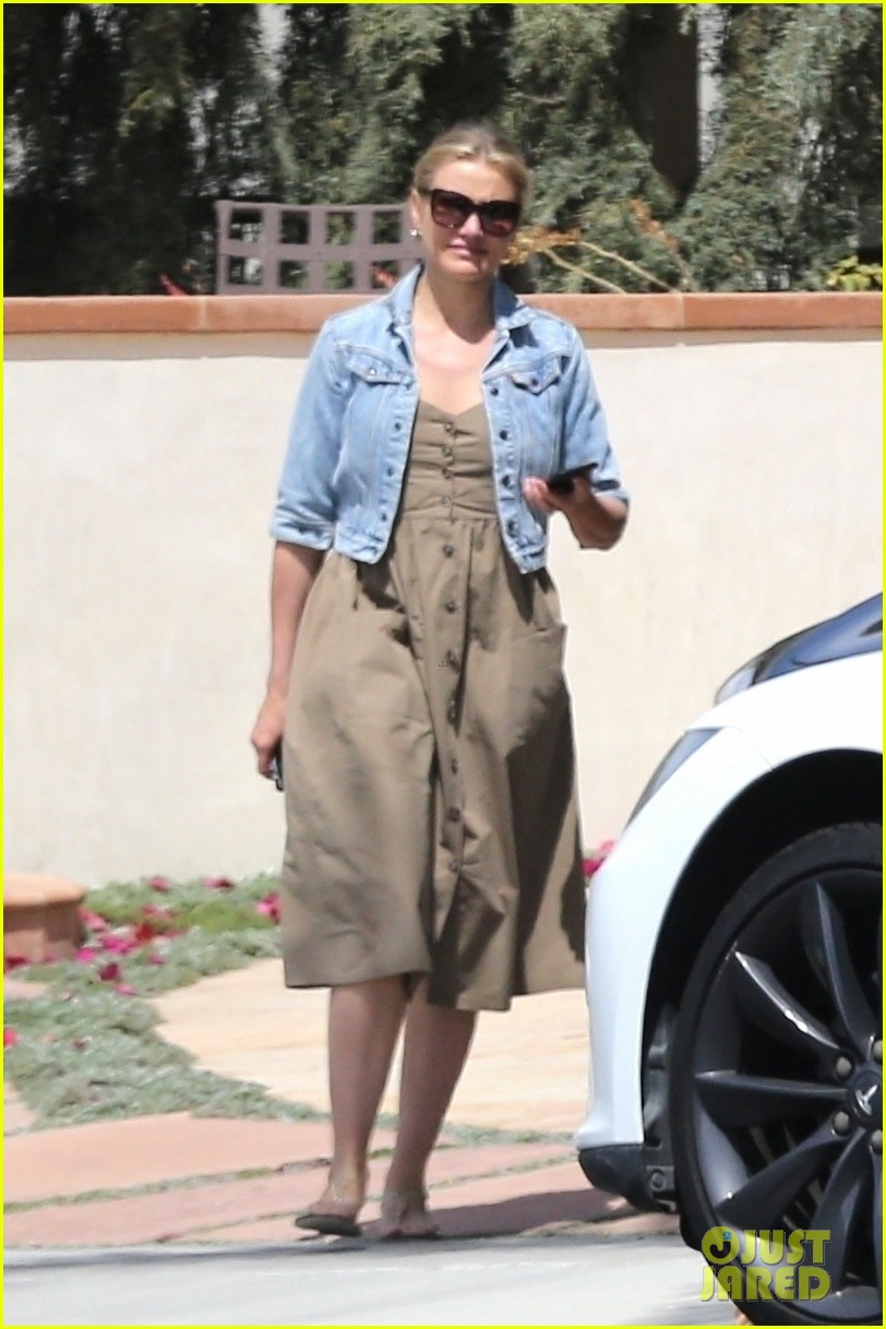 cameron diaz benji madden mom april  2018 03