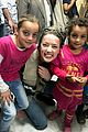 amber heard visits syrian refugees in jordan with sams 02