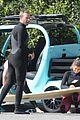 chris martin surfing anthony kiedis 05