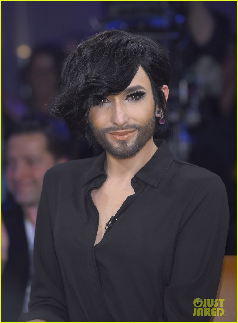 conchita wurst reveals hiv diagnosis 04
