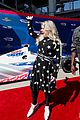 kelly clarkson performs national anthem at indy 500 2018 watch here 02