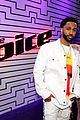 halsey performs alone with big sean on the voice finale 01