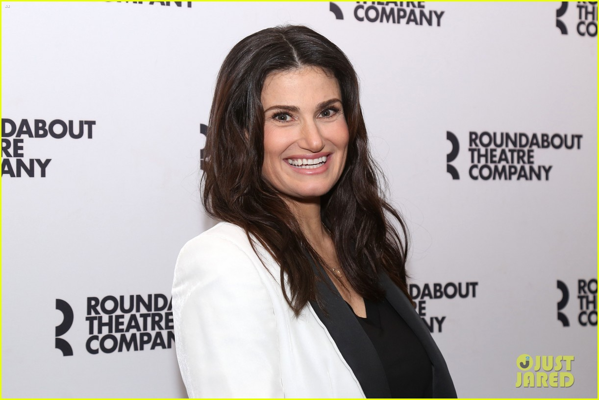 Idina Menzel Joins \'Skintight\' Cast at Photo Call Ahead of Her ...