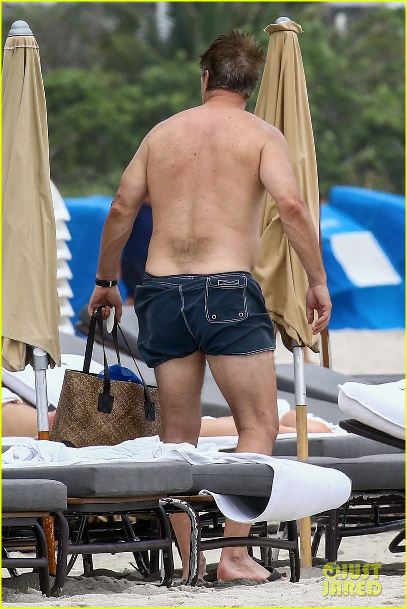 chris noth goes shirtless on the beach during miami vacation 08