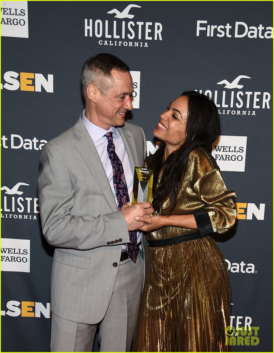 rosario dawson gets honored at glsen respect awards 02