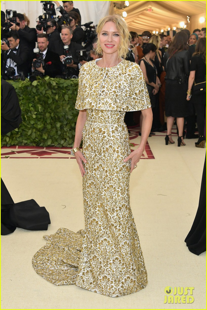 naomi watts looks regal in ornate gold dress at met gala 2018 02