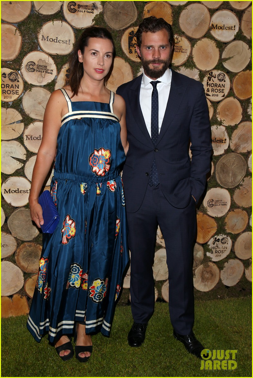 jamie dornan wife amelia step out for niall horan charity event 01