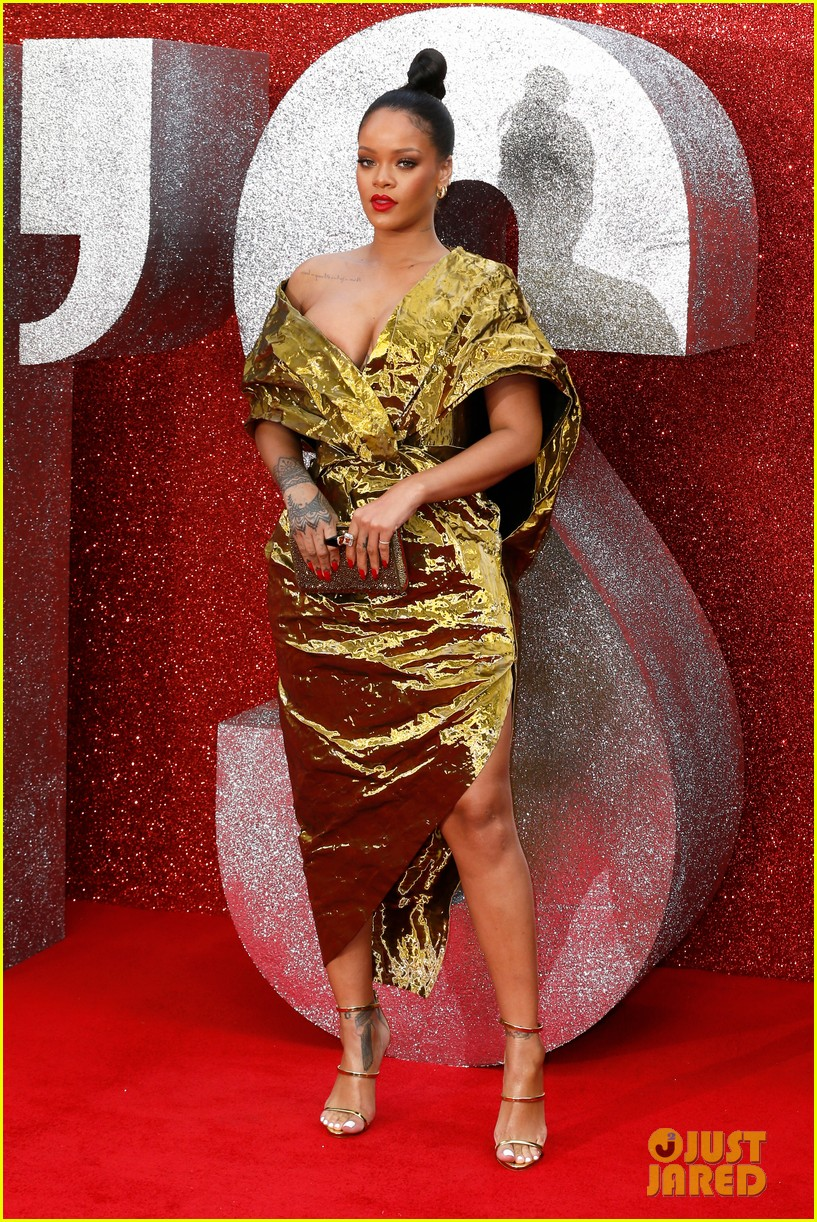 rihanna sparkles in gold at oceans 8 london premiere 11
