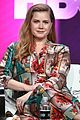 amy adams joins sharp objects costars at summer tcas 14