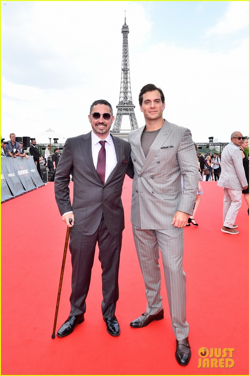 tom cruise henry cavill mission impossible fallout premiere 24