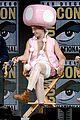 johnny depp fantastic beasts cast comic con 22