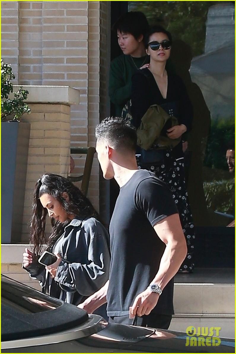 kim kardashian barneys july 2018 01