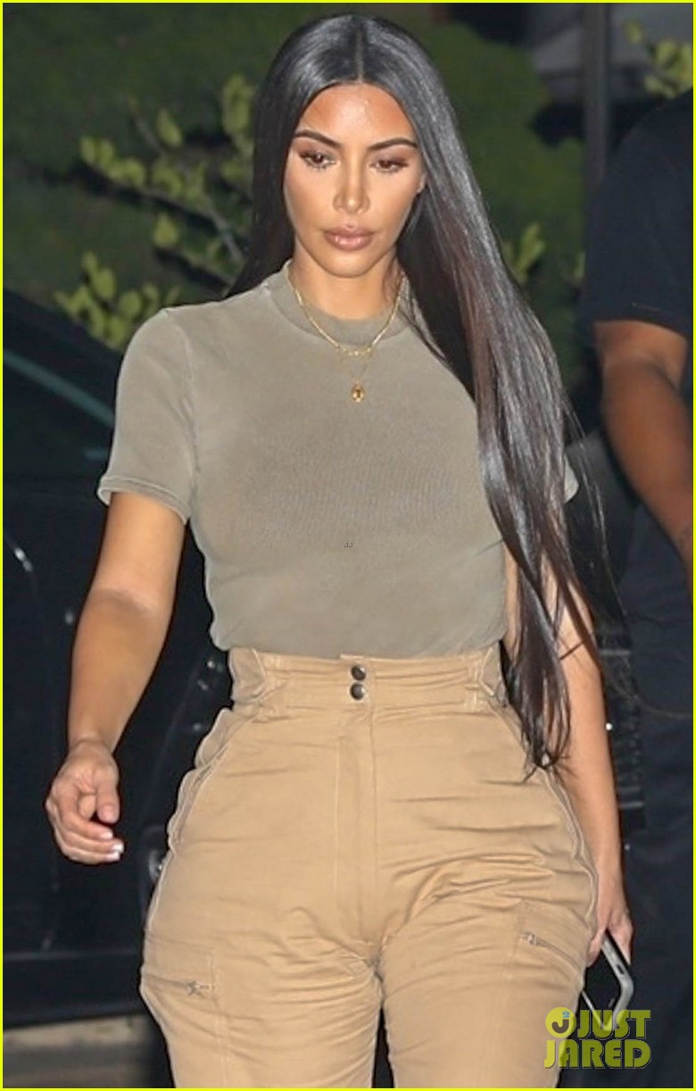 kim kardashian kanye west dinner at nobu 04