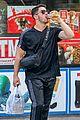 nick jonas shopping in nyc 05